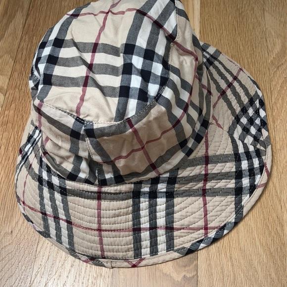 9f82beeeb3b Burberry Accessories - Vintage 90s Burberry bucket hat denim check